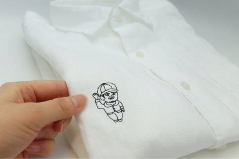 シャツに刺繍