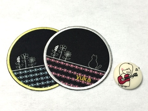 お花と猫の刺繍コースター