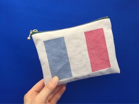 国旗刺繍ポーチ
