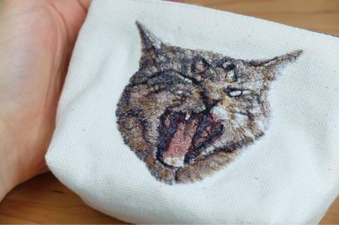 ネコのフォト刺繍