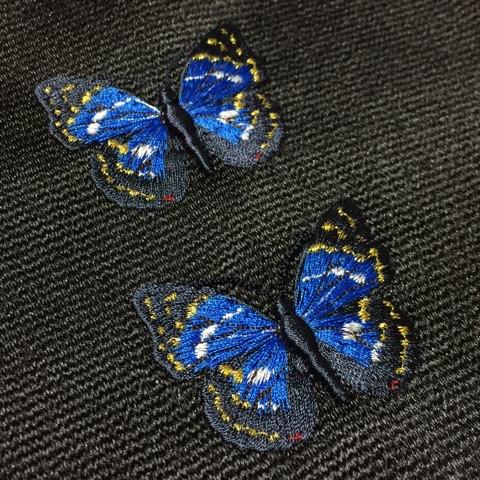 オオムラサキの刺繍
