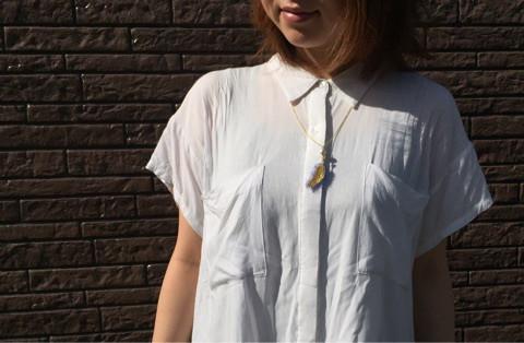 フェザー刺繍モチーフのネックレス
