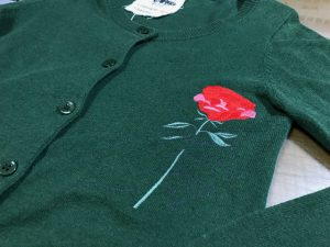 カーディガン 刺繍 薔薇