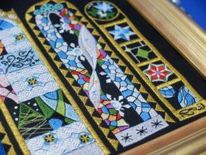 ステンドグラス刺繍