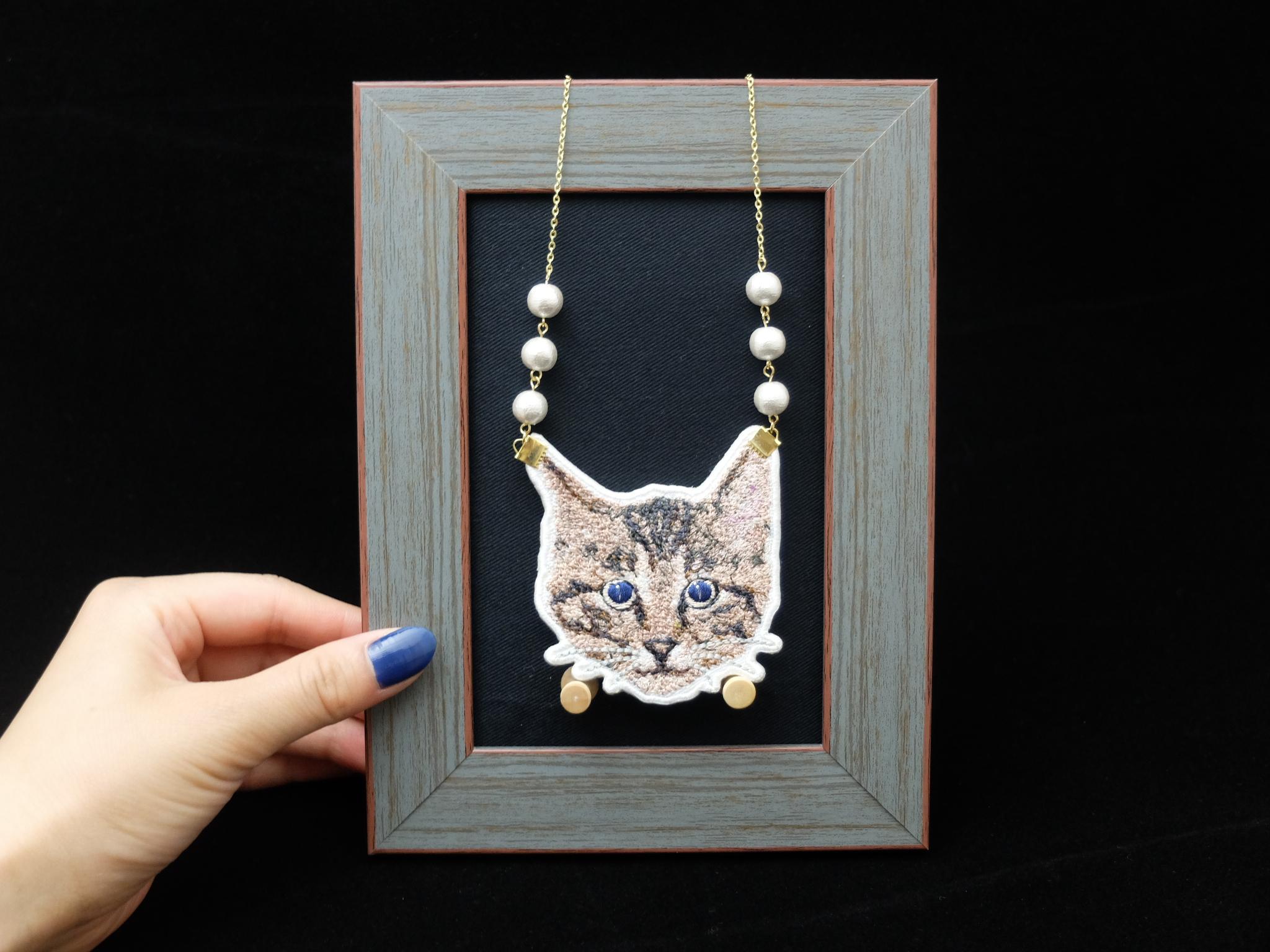フォト刺繍 刺繍ネックレス 青い目の猫 サッポロモノヴィレッジ
