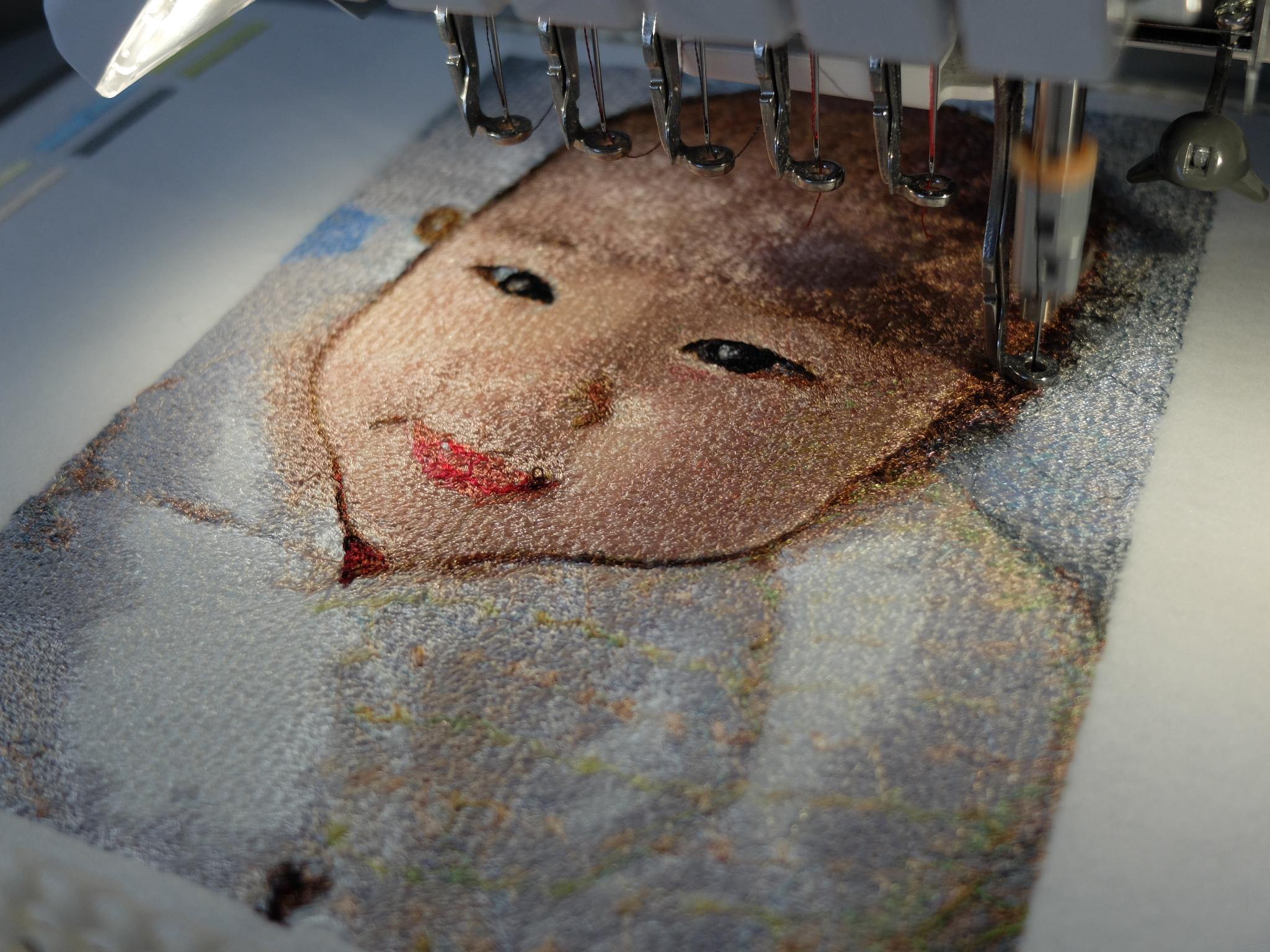 フォト刺繍 札幌 初孫 息子夫婦 プレゼント 刺繍ミシン