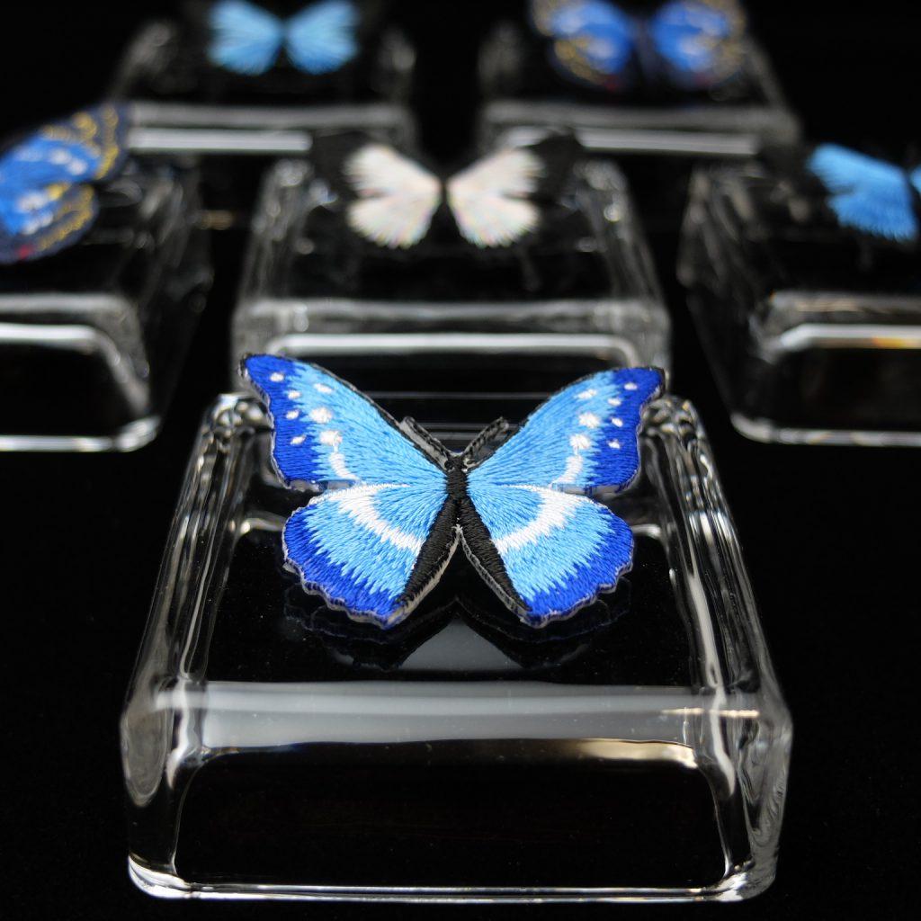 ヘレナモルフォ 青い蝶 刺繍ブローチ