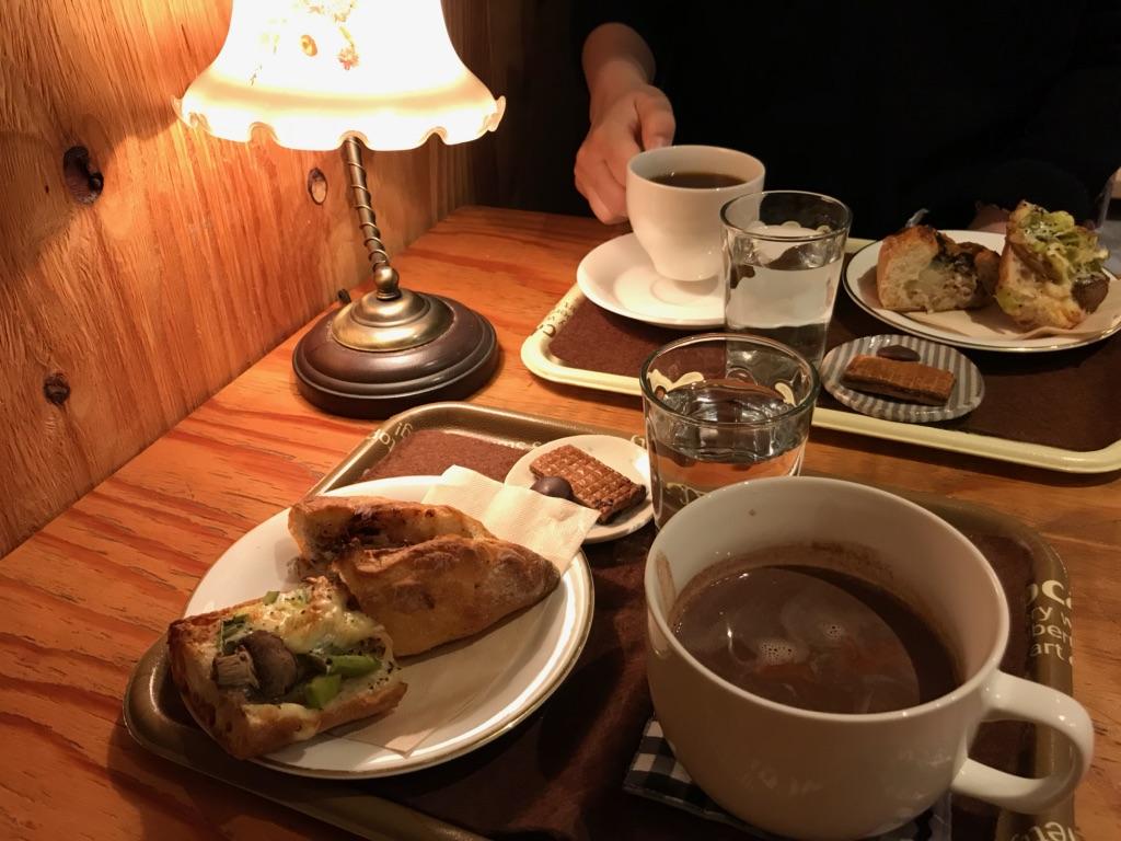 詩とパンと珈琲モンクール 札幌カフェ 札幌パン屋