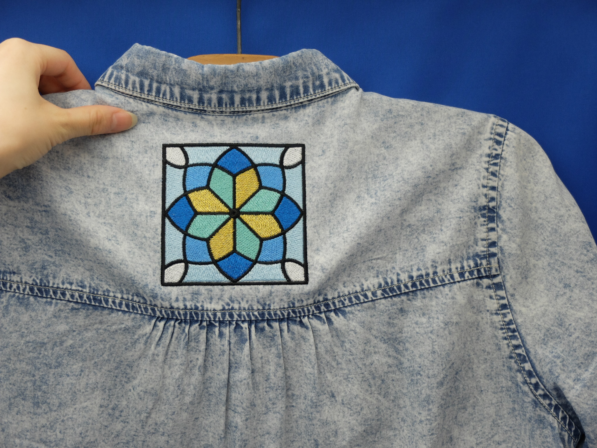 刺繍シャツ ステンドグラス
