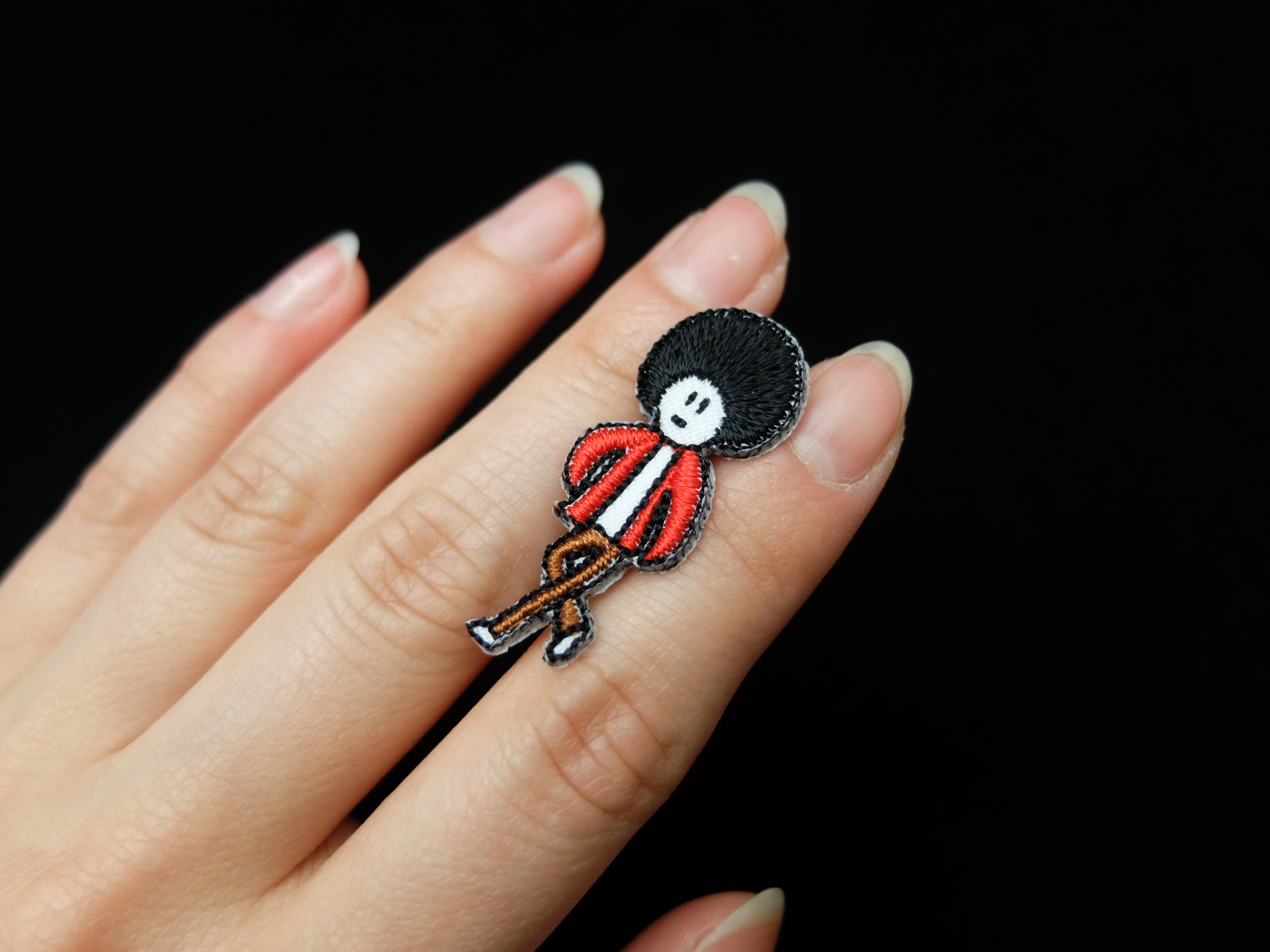 小人 刺繍ブローチ アフロ オーダー刺繍
