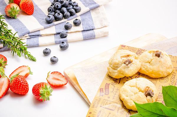 甘い 苺とブルーベリー