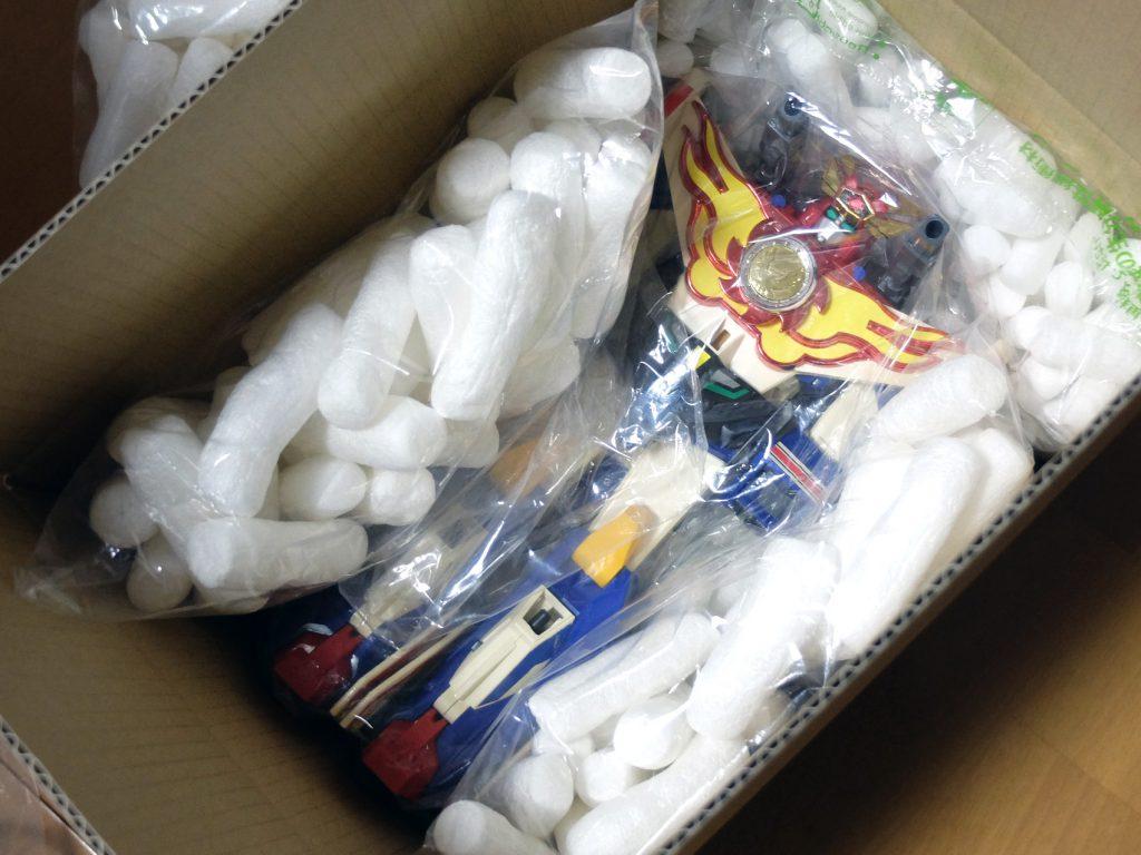 メルカリ 玩具 発送