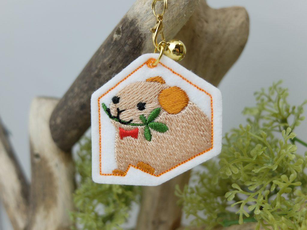 北海道の動物 刺繍ストラップ ナキウサギ