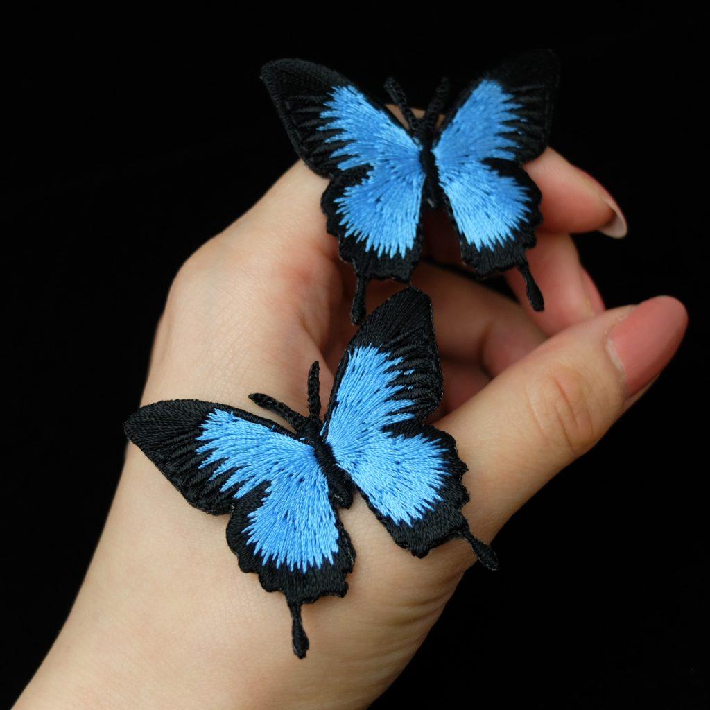 青い蝶 刺繍ブローチ オオルリアゲハ