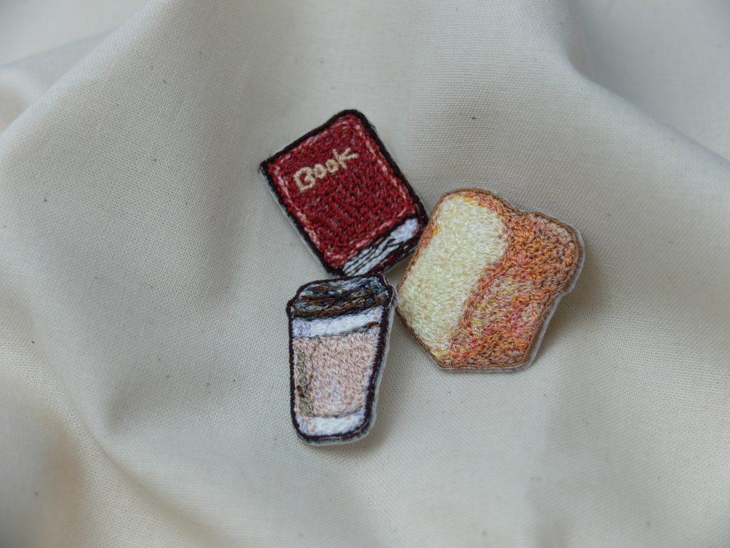 刺繍ブローチ フォト刺繍