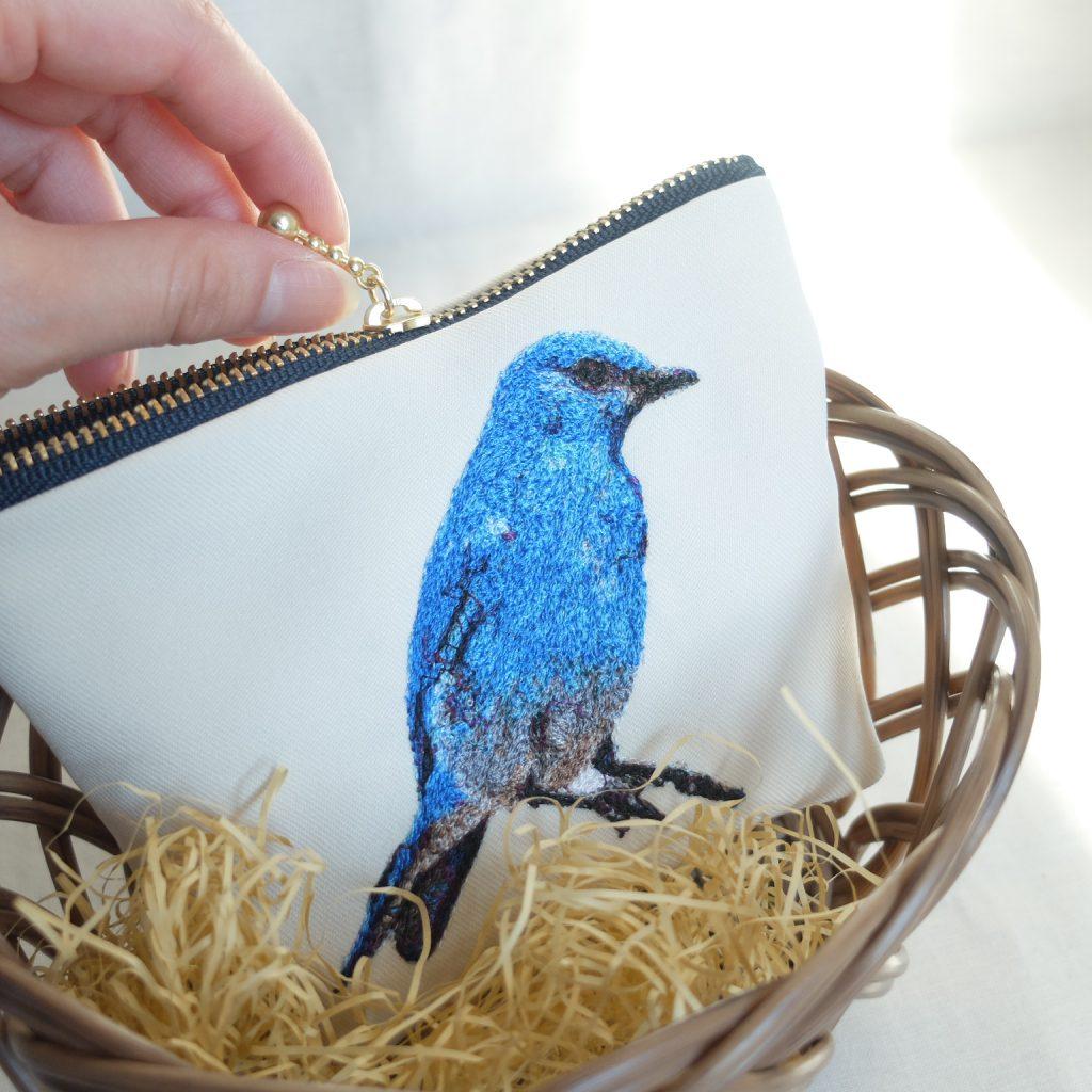 青い鳥 マウンテンブルーバード 刺繍ポーチ フォト刺繍